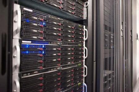PowerEdge R715 экономичный сервер на базе Opteron 6100