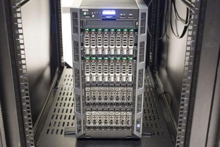 Самый производительный сервер в линейке DL от HP - HP ProLiant DL980 G7