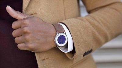 Смарт-часы Pebble Time Round укомплектованы круглым экраном